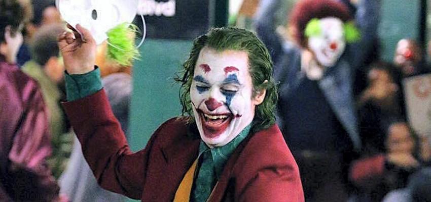 Commotie over muziek van veroordeelde artiest Gary Glitter in 'Joker'