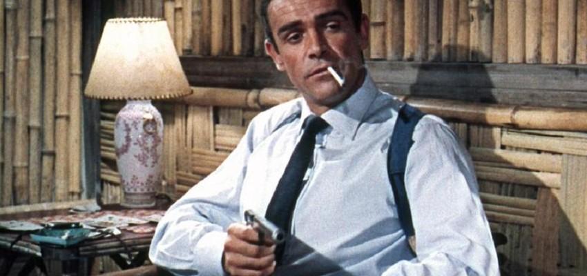 Filmrekwisieten, waaronder eerste James Bond-pistool van Sean Connery, worden geveild